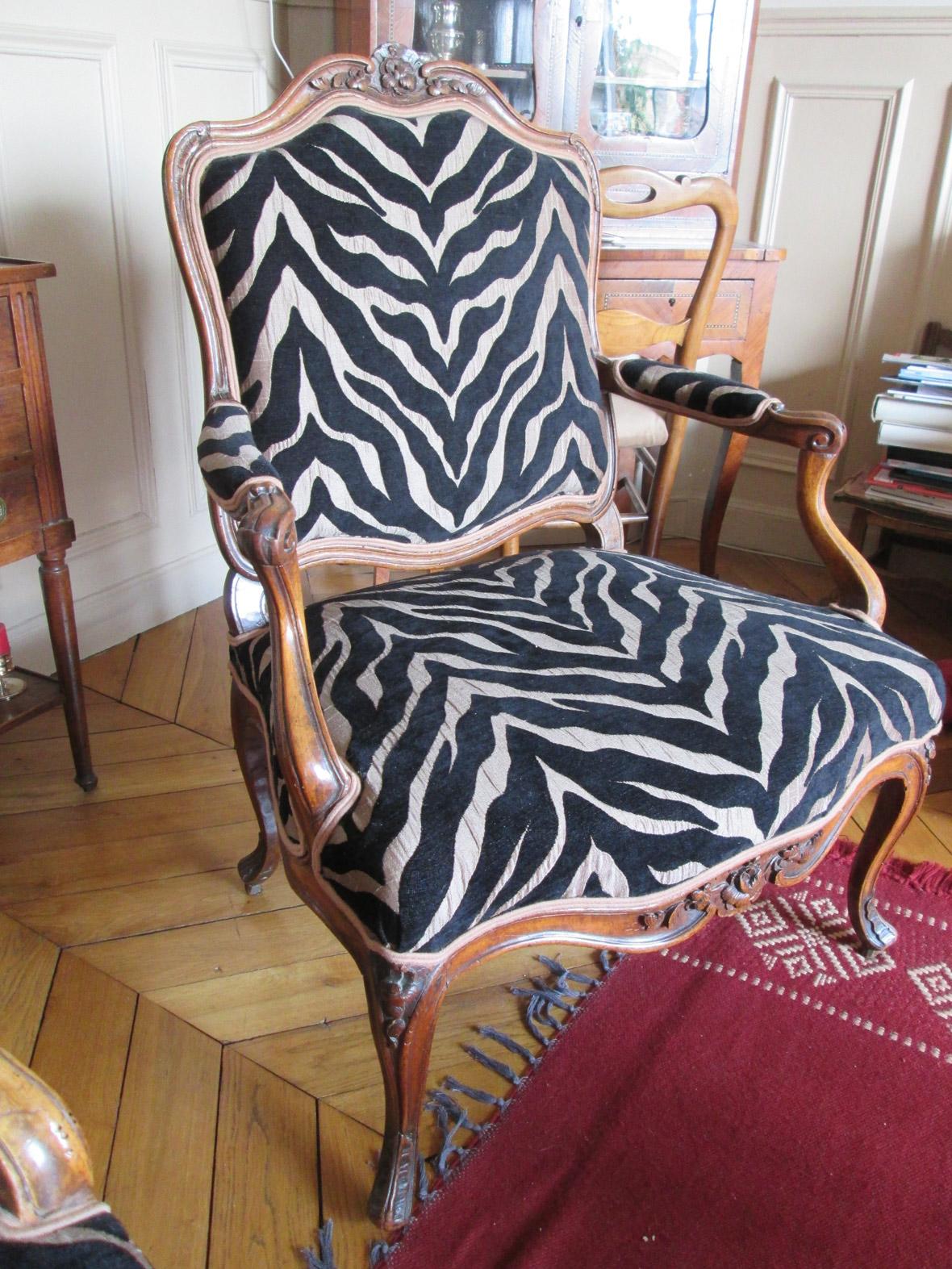 fauteuil la reine rgence - Tapissier Fauteuil
